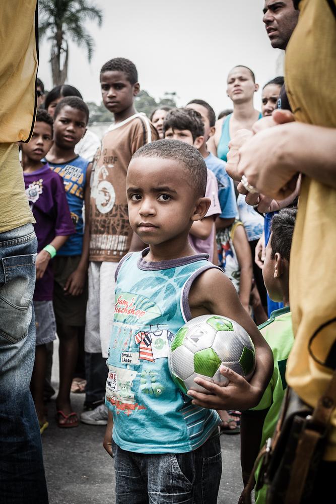 1_day_inside_favelas04
