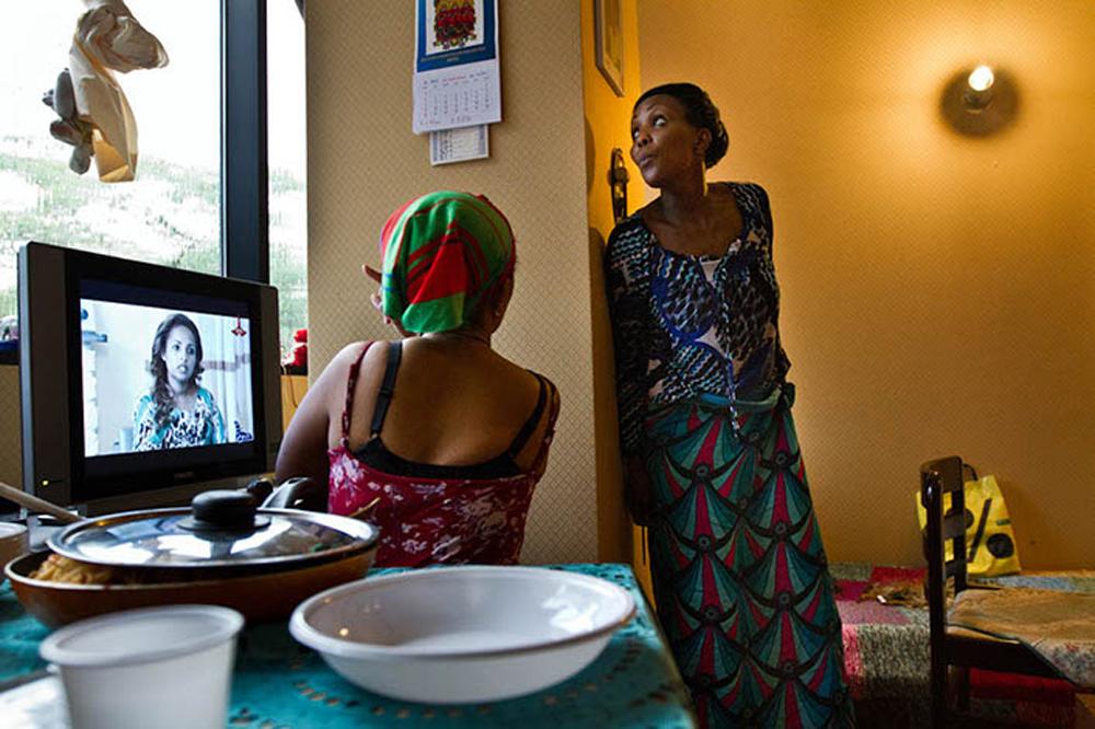 13. Zeina (Senegal) and Ninish (Etiopia) in room 232